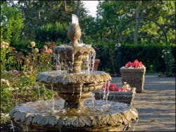 rose-garden-fountain